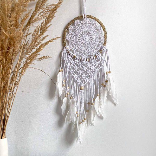 handmade dreamcatcher z makramy pleciony