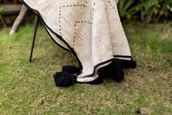 duży ciepły koc z surowej bawełny z bali boho