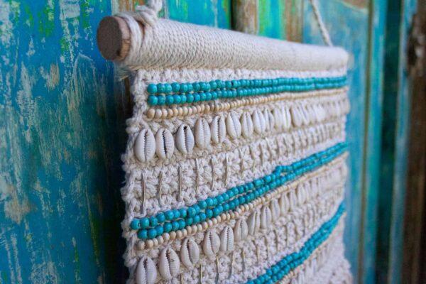 naturalna makrama z muszlami kauri
