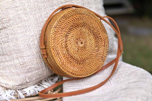 Torebka damska okrągła słomkowa wykonana ręcznie