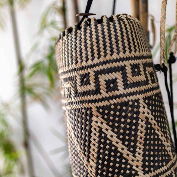 Ręcznie robiony plecak z rattanu w stylu boho z Bali i Borneo