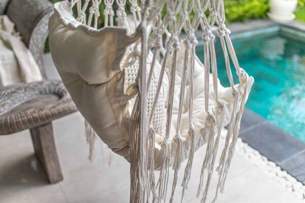 Handmade ręcznie robiona huśtawka ze sznurka