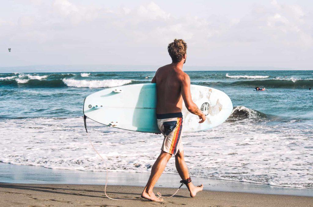 Kurs surfingu naBali kuta