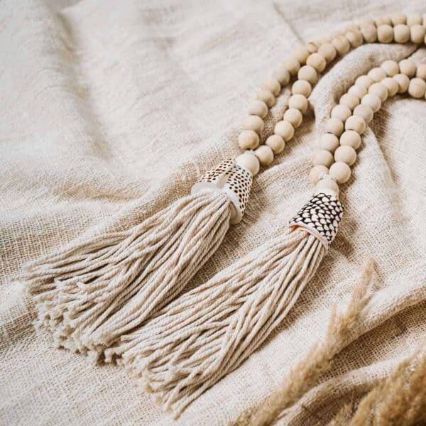 wisior dekoracyjny z muszlą