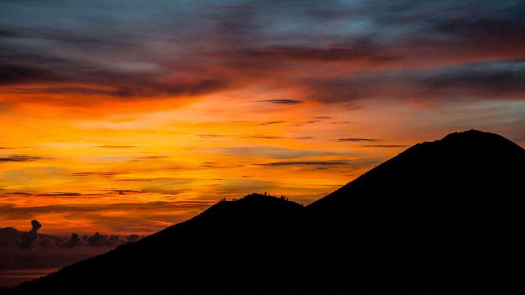 Wulkan Mount Batur wschód słońca