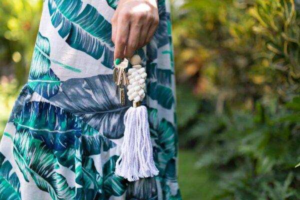 Ręcznie robiona zawieszka do kluczy lub torebki z muszelek boho