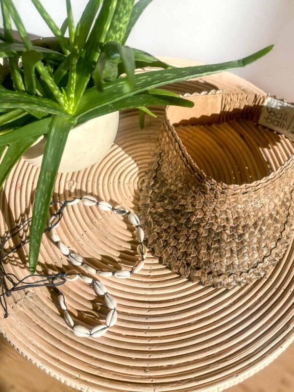 Daszek przeciwsłoneczny ręcznie robiony na Bali