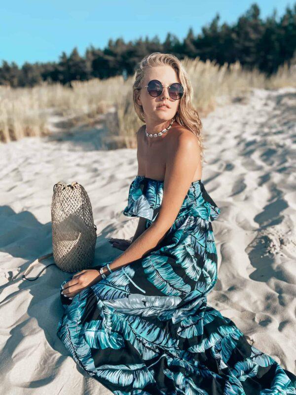 sukienka na plaże w stylu boho w kwiaty