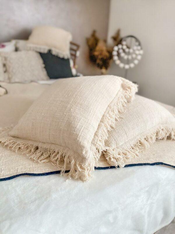 poduszka pleciona z surowej bawełny