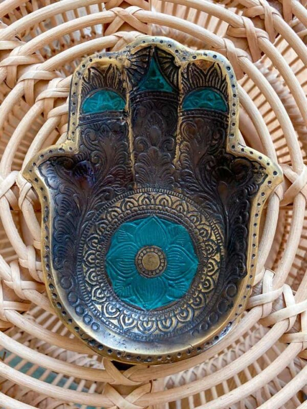 podstawka metalowa w kształcie ręki