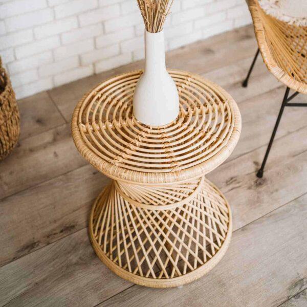 stolik rattanowy pleciony