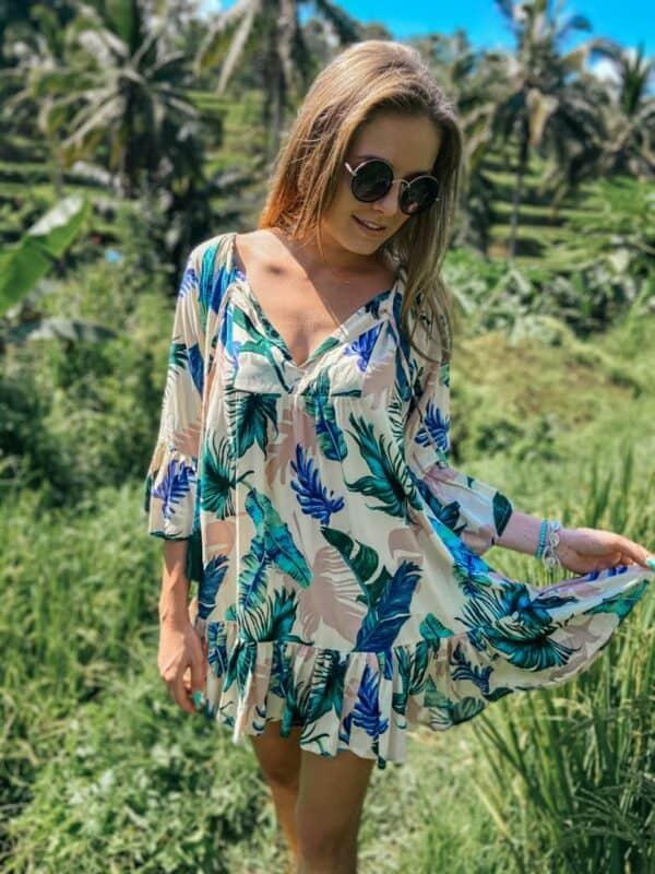 zwiewna sukienka boho plaża