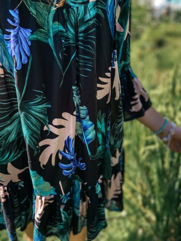 sukienka w kwiaty boho ciemna